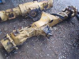 Divers Foraksel / Front axle CAT 434E