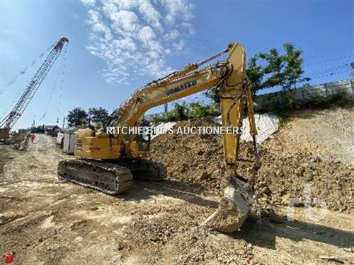 Komatsu PC228USLC-8 excavator