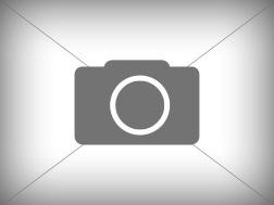 Hesston 4900 Med spragelsevogn på store hjul
