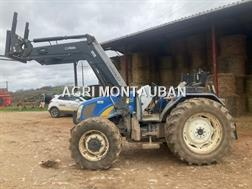 New Holland T 5050 + CHARGEUR