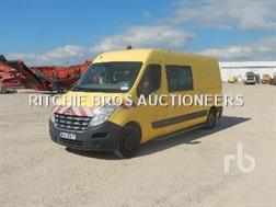 Renault MASTER Vehicule Utilitaire Van Crew Cab 4x