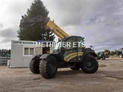 New Holland TH9.35