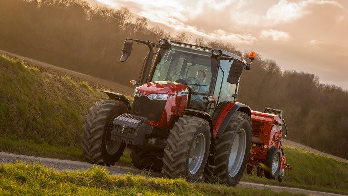 Tracteur - Massey Ferguson 5700 Global Series : la simplicité en semi-powershift