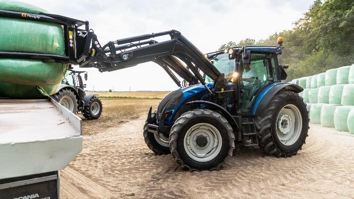 Tracteur d'élevage Valtra - Lasérie A s'offre une transmission semi-Powershift!