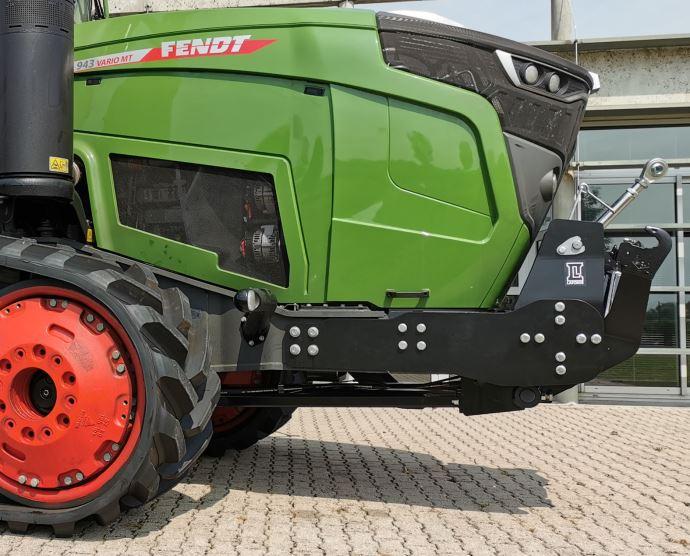 Accessoire pour tracteur - Laforge propose le premier relevage avant pour Fendt MT900