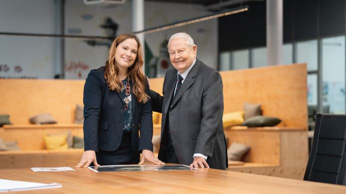 Info firme Claas - Cathrina Claas-Mühlhäuser succède à son père à la présidence