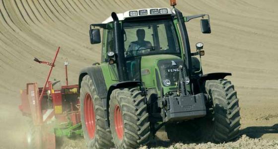 La cote agricole d'occasion tracteur - Fendt 411 Vario, le premier quatre cylindre doté d'une variation continue