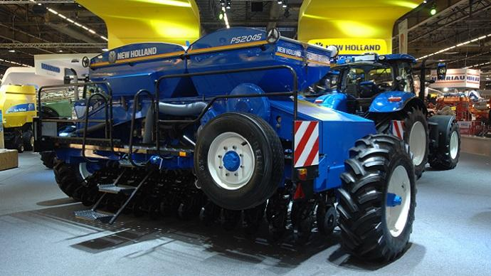 Semis direct - New Holland distribue Semeato pour l'Europe