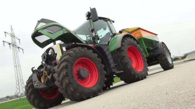 Tracteur hybride - Avec le concept X, Fendt expose un 722 Vario à génératrice électrique
