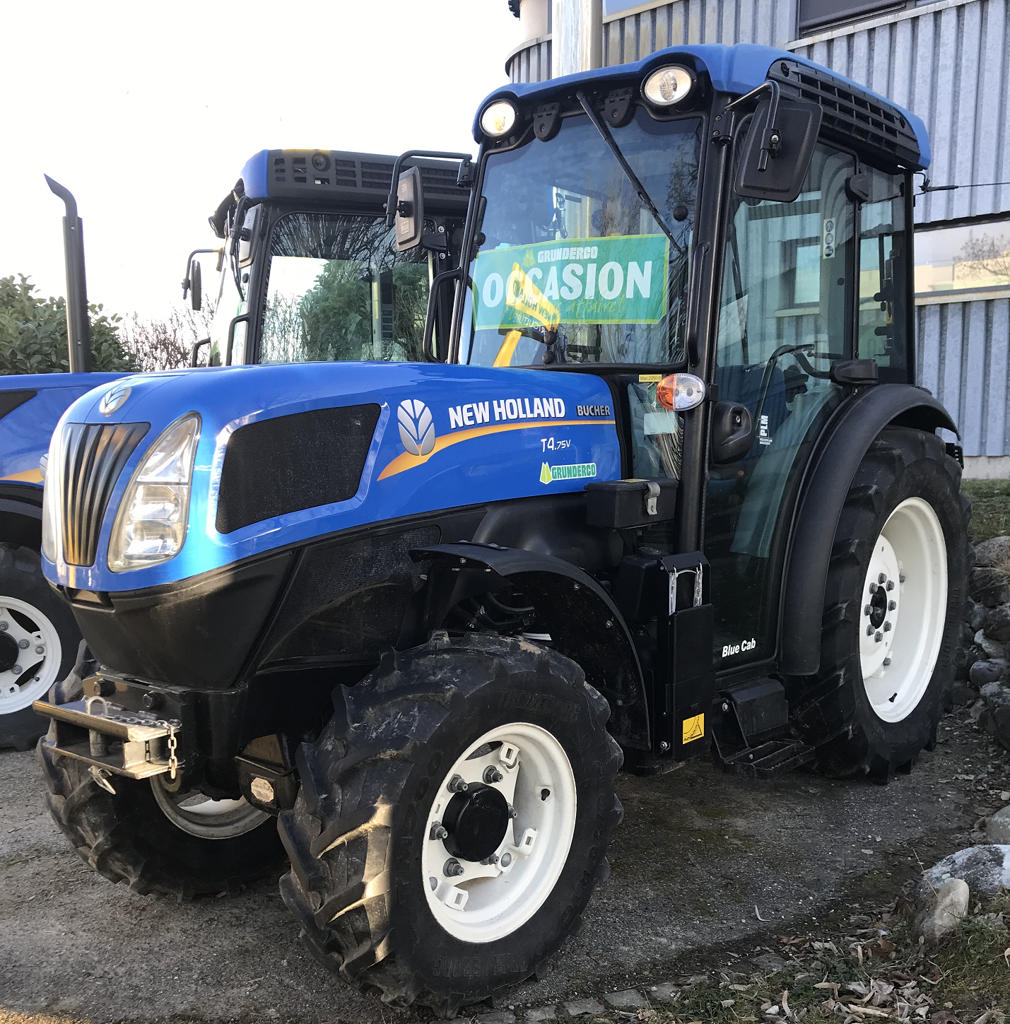 Tracteur vigneron T4.75 V New Holland